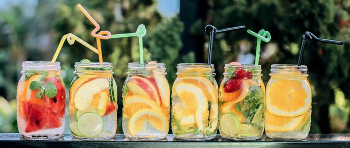agua infusao fruta detox receitas